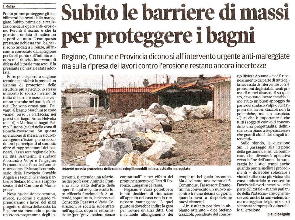 """Il Tirreno: """"Subito le barriere di massi per proteggere i bagni"""""""